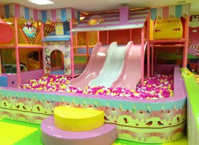 儿童淘气堡乐园具备充满趣味性的优点